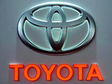 Toyota, как и США, хочет узнать, как ее внедорожники попали к ИГ
