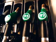 Цены на бензин в России снизились после 5 недель стабильности